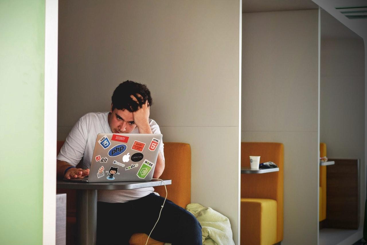 Contoh CV Menarik atau Daftar Riwayat Hidup di Mata Perusahaan