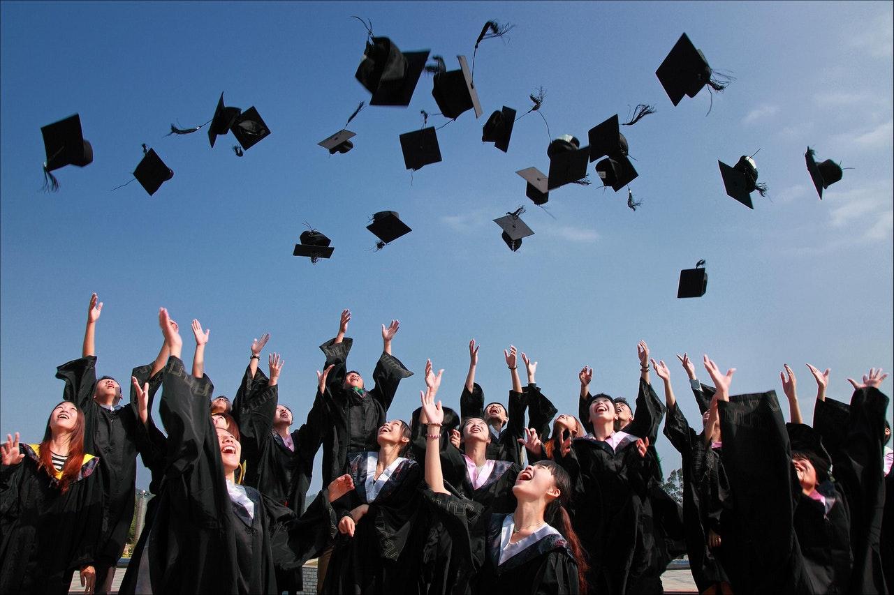 Contoh Daftar Riwayat Hidup Untuk Fresh Graduate yang Belum Pernah Bekerja