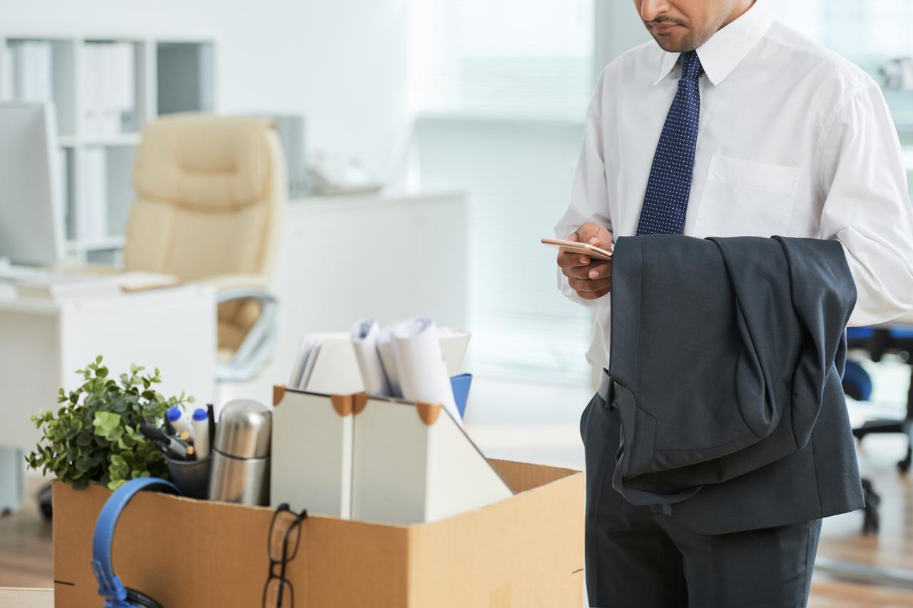Contoh Surat Resign atau Pengunduran Diri dari Tempat Kerja yang Sopan